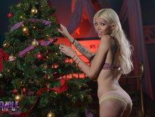 Jenna Rachels Holiday Shemale Cock