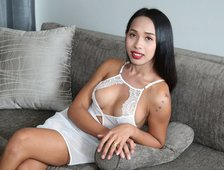 Cindy Love Hot Hard Cock Bangkok Ladyboy