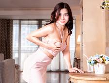 Sweet Beauty Bangkok Ladyboy Emmy