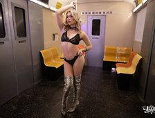 Emma Rose Stranger Sex In The Subway