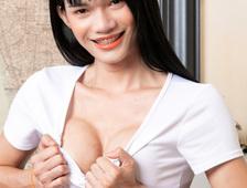 Bangkok Super Cutie Ladyboy Ida
