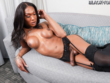 Kayla Biggs Stunning Big Cock Superstar