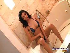 Nathalie Shower Stroke