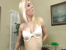 Victoria Di Prada Sexy Blonde Shemale