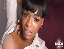 Maddison Sexy Black Tgirl