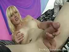Stacie Miguire Shemale Strokers