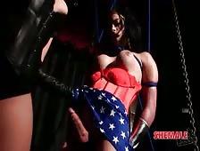 Wonder Woman Shemale Sex Nina Lawless