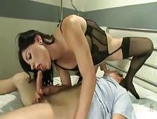 Laela Knight Shemale Hardcore Seduction