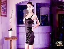 Ladyboy Sofie Sexy Naked Strut