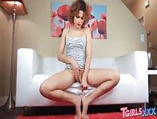 Alisia Rae Penis Pump Sexy Tgirl