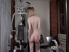 Ella Hollywood Hot Transsexual Workout