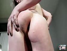 Kara Quartz Hot Natural Pierced Cock Tgirl Beauty