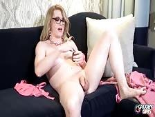 Jordyn Starstruck Stroking Hard Tgirl Cock