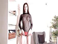 Aommie Bangkok Ladyboy Cock Tease