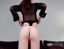 Izzy Wilde Big Dildo Tgirl Ass