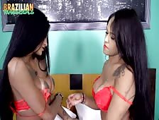 Jennifer Hills with Mariana Rios Brazilian Tgirl Lesbians