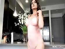 Jennifer Robles Latin Thick Cock Tgirl Beauty